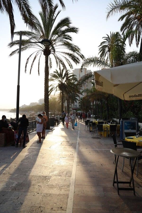 Shopping-in-MShopping-in-Marbella (1)arbella (1)